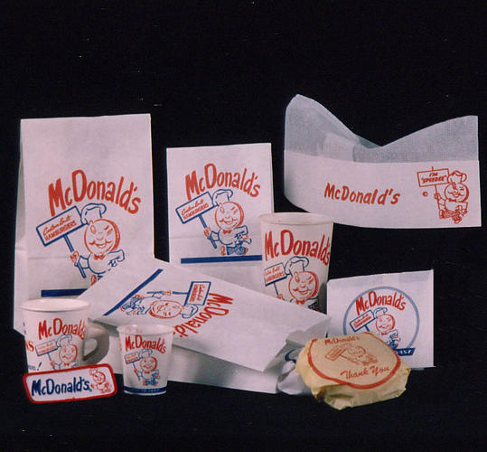 <p>The fast food empire has changed up its packaging many times over the years. This was what customers would get with their orders from 1955 to 1961.</p>
