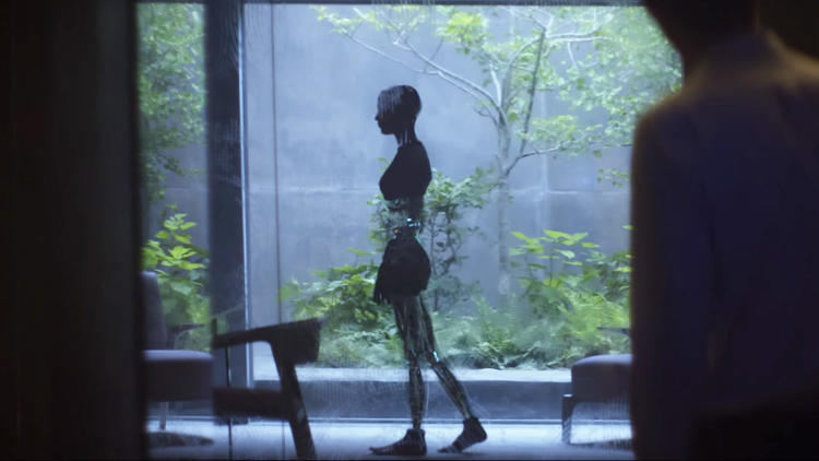 <p><em>Ex Machina</em>'s VFX team was included early in the design process. &quot;Body tracking was particularly difficult. It's harder to track someone who's not moving much,&quot; said VFX supervisor Andrew Whitehurst. &quot;It was really helpful to have a director who could draw—we could sketch a lot of ideas out.&quot;</p>