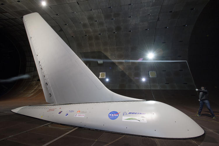 <p>The system could allow plane manufacturers to design craft with smaller, lighter tails. Image: NASA.</p>