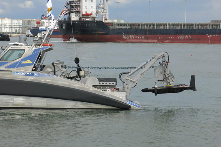 <p>The robot boat, called the Seagull, is designed to go where manned boats fear to tread water.</p>