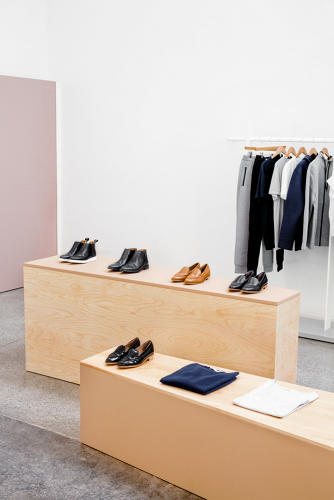 <p>The designers used a neutral palette of grays and whites punctuated by natural tones to compliment Everlane's product lineup.</p>