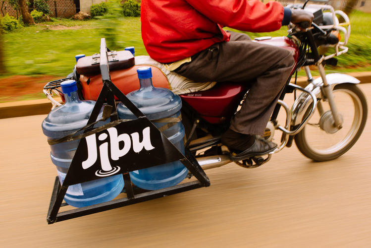 <p>Jibu loans the franchisees $30,000 worth of filtration equipment, storage tanks and retail apparatus—money that they pay back over time.</p>