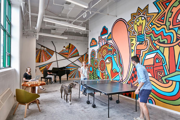 <p>For Etsy's headquarters, Gensler worked with the company to specify locally made products and furniture.</p>