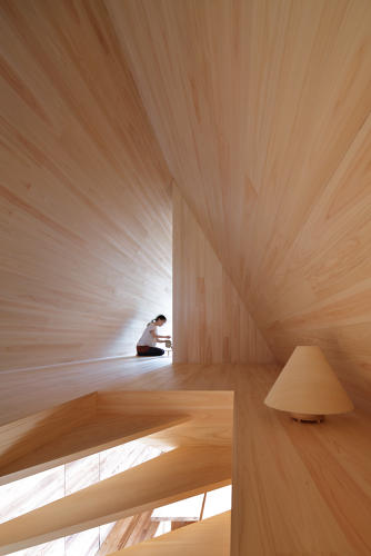 <p>The house is made from locally-sourced Japanese cedar.</p>