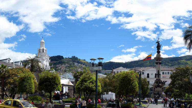 <p>Quito boasts $1 cerveza and has been attracting U.S. expats since adopting the dollar in 2014.</p>