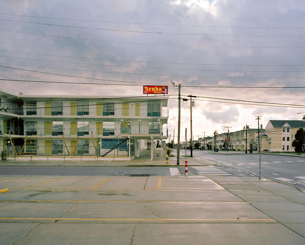 <p>The Aruba Motel recalls the <a href=&quot;https://en.wikipedia.org/wiki/Robert_Venturi#Writings&quot; target=&quot;_blank&quot;>decorated shed</a>&quot;aesthetic of the postwar era.</p>