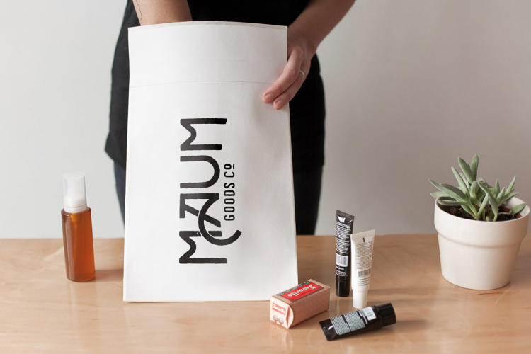 <p>Flexible kraft mailers are made of a tear-resistant and flexible board.</p>