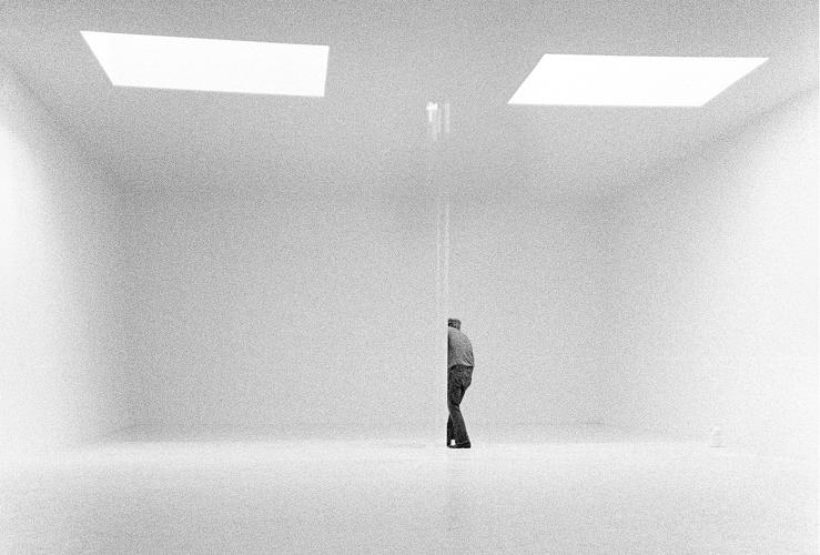 <p>Robert Irwin in his studio, 1970.</p>