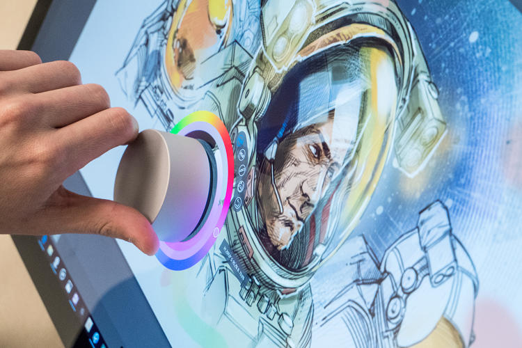 <p>The new Surface Dial can be used to select from a color wheel in illustration apps like Sketchable.</p>
