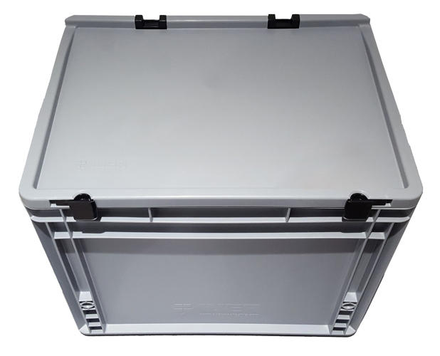 <p>Plastic boxes adapted from the common polypropylene transport box are light, tough, and durable, and can be used inside and outside.</p>