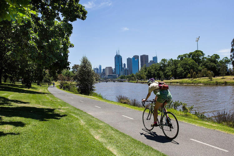 <p>Melbourne and Sydney's CitySwitch Green Office program will deliver 50,000 tonnes of CO2e per year saved from its member cities.</p>