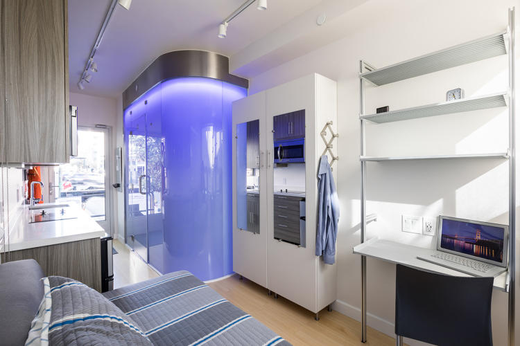 <p>The apartment has easy-to-clean surfaces that make it pet-friendly.</p>