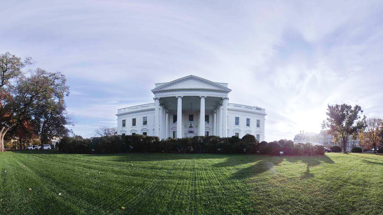 As obama leaves he leads tour of the people 39 s white for 360 degree house tour