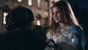 """Apple's iPhone 7 Holiday Spot Is A Touching Junior Version Of """"Romeo And Juliet"""""""