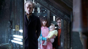 "A Reboot Worth Making: How Netflix's ""A Series Of Unfortunate Events"" Gets It Right"