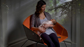 Koo, A Bassinet That Doubles As A Rocking Chair