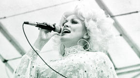 "Dolly Parton: ""Always Keep Something Just For Yourself"""